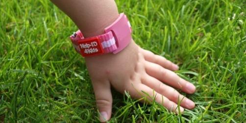 Help-ID4Kids SOS armband roze