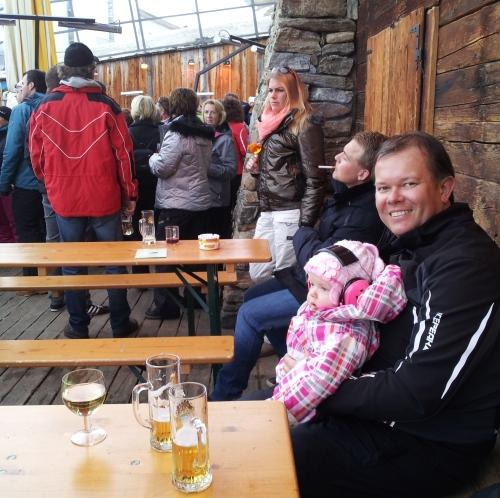 Wintersport apres-ski Fiss baby
