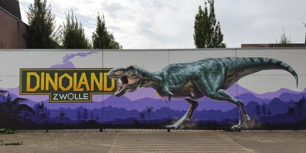 Dinoland entree