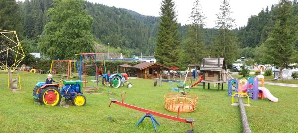 Schlosscamping Itter Oostenrijk